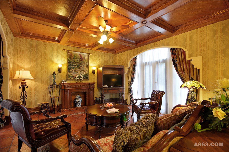 摒弃了别墅装修一贯的繁琐与奢华,强调功能性,舒适性,营造自然,休闲的