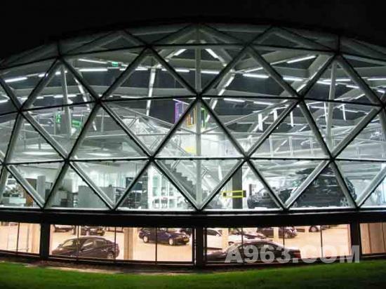 建筑欣赏 荷兰ekris宝马展厅设计