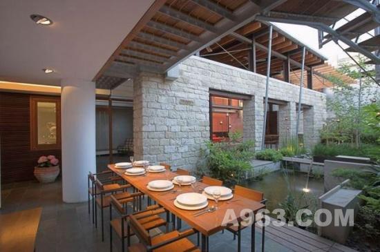 塞浦路斯开放式庭院别墅设计 skinotechniki图片