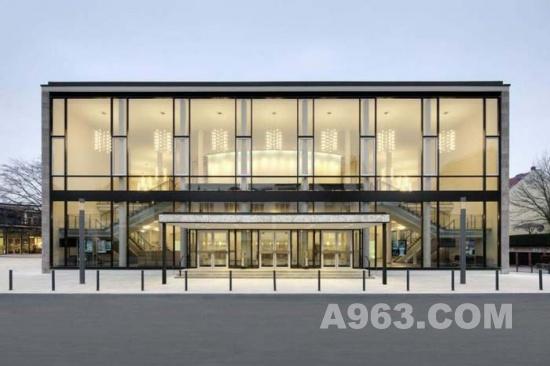 建筑设计:德国沃尔姆斯文化会议中心