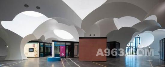 公共空间设计:比利时社区公共服务中心